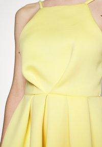True Violet Petite - GATHERED WAIST SKATER MIDI DRESS - Cocktail dress / Party dress - lemon yellow - 5