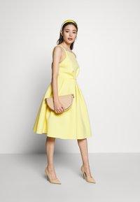 True Violet Petite - GATHERED WAIST SKATER MIDI DRESS - Cocktail dress / Party dress - lemon yellow - 1