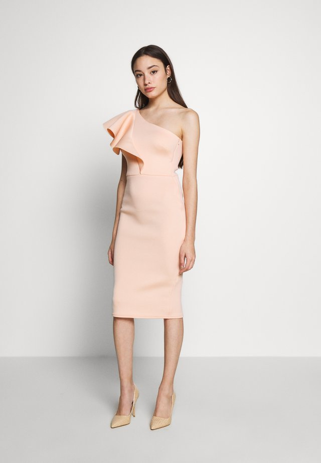 ONE SHOULDER FRILL PENCIL MIDI DRESS - Cocktailjurk - peach