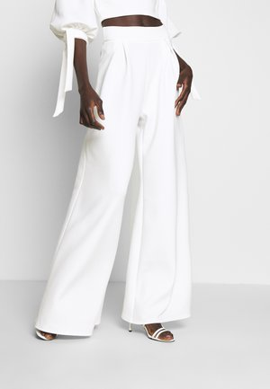 HIGH WAIST WIDE LEG TROUSERS - Tygbyxor - white