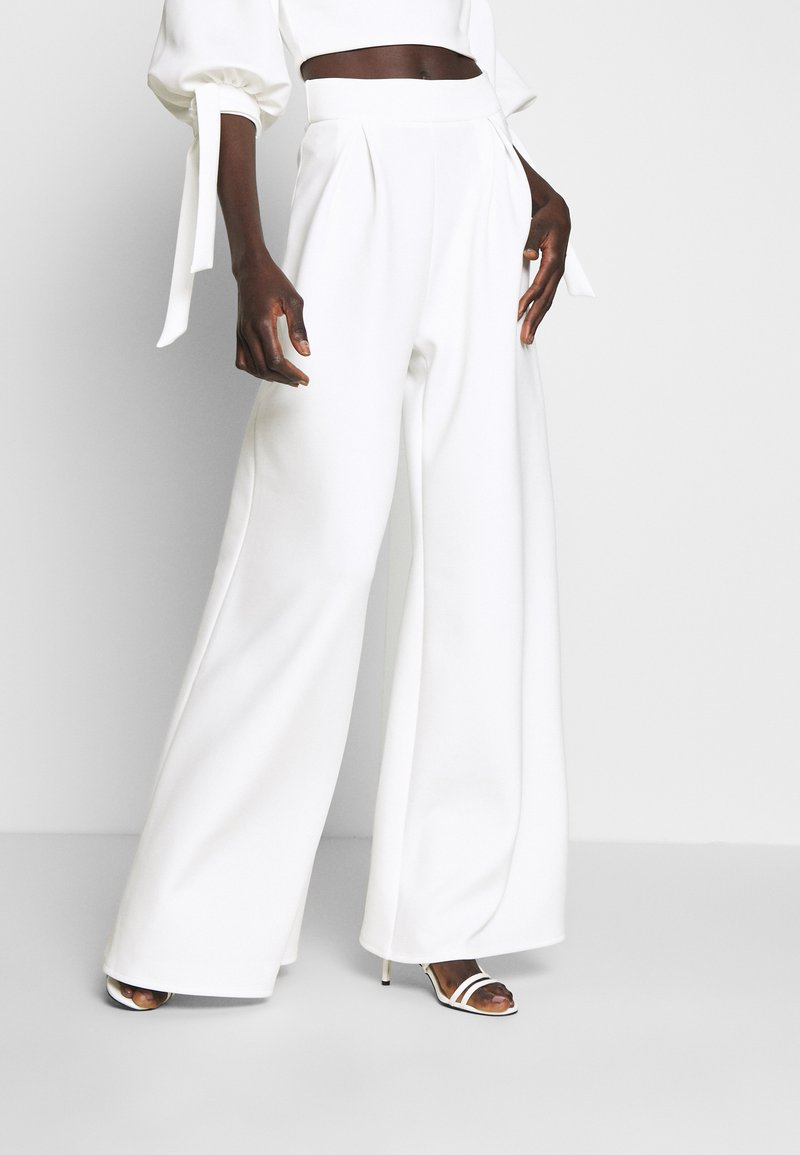True Violet Tall - HIGH WAIST WIDE LEG TROUSERS - Trousers - white