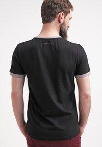 Teddy Smith - Jednoduché triko - noir/gris - 2