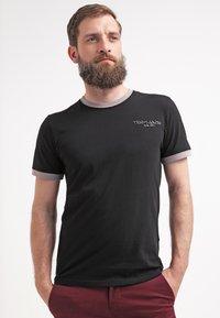 Teddy Smith - Jednoduché triko - noir/gris - 0