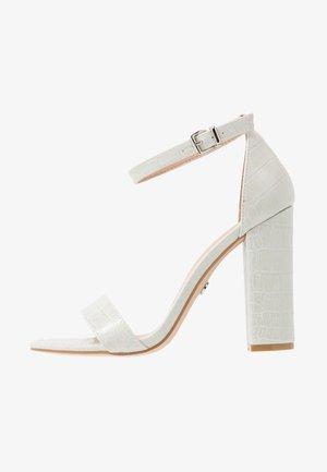 High heeled sandals - ice