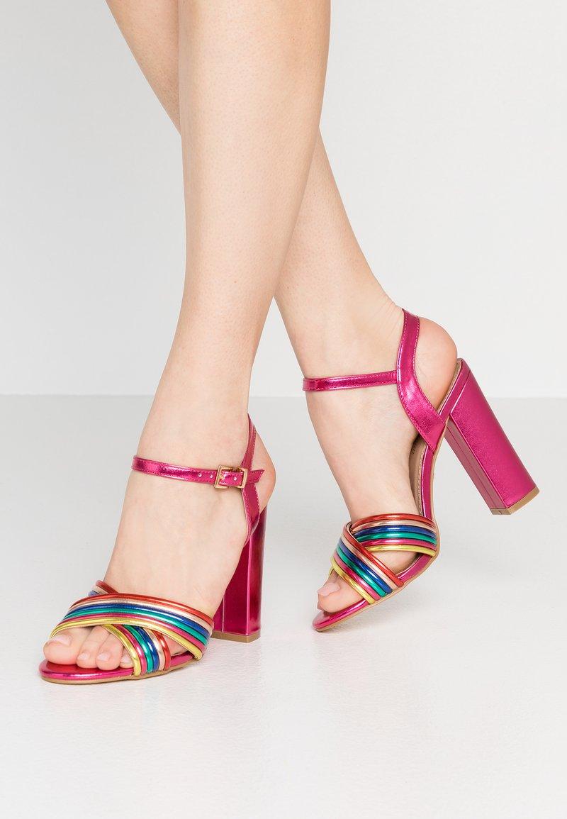Tata Italia - Højhælede sandaletter / Højhælede sandaler - fuxia