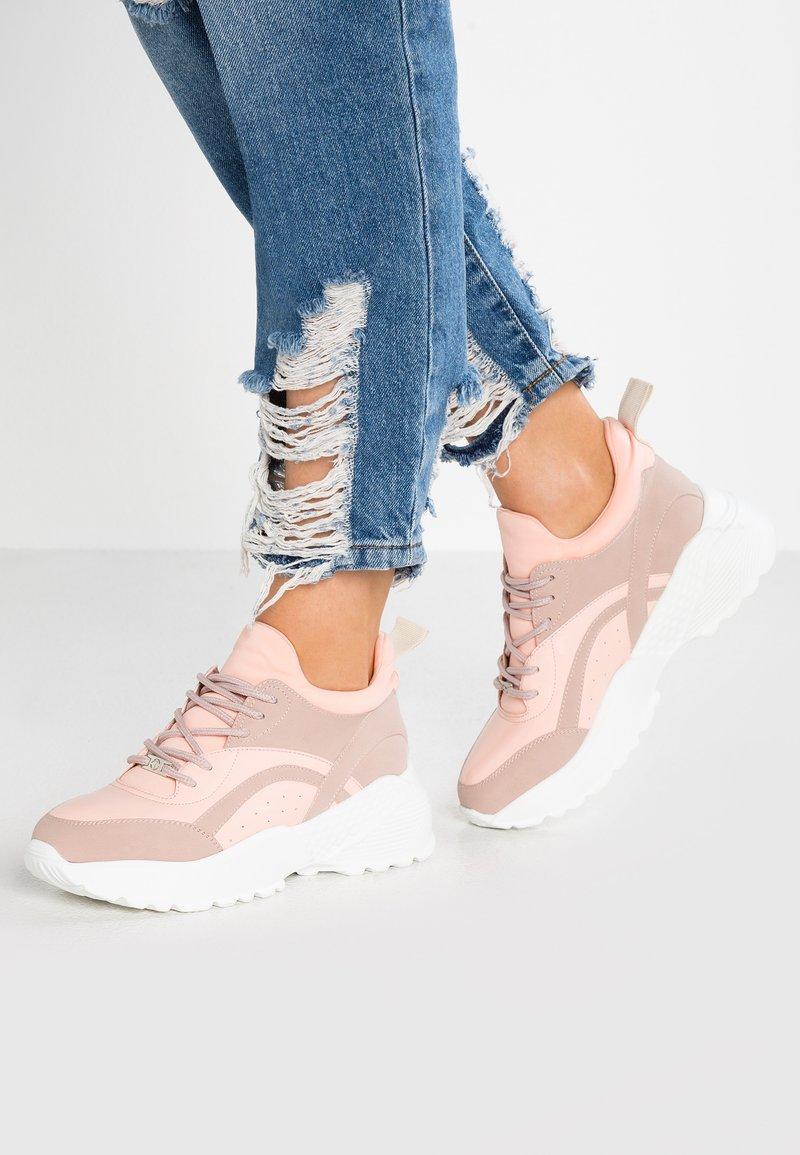 Tata Italia - Sneaker low - pink