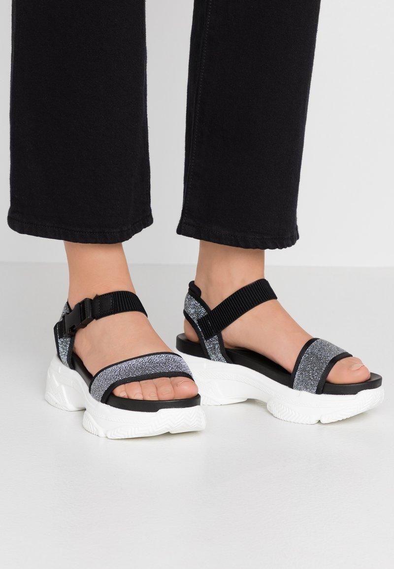 Tata Italia - Sandály na platformě - black