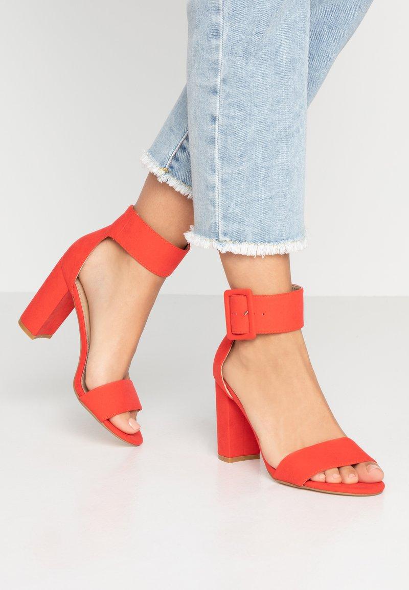 Tata Italia - Sandály na vysokém podpatku - red