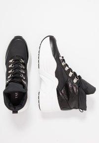 Tata Italia - Höga sneakers - black - 3