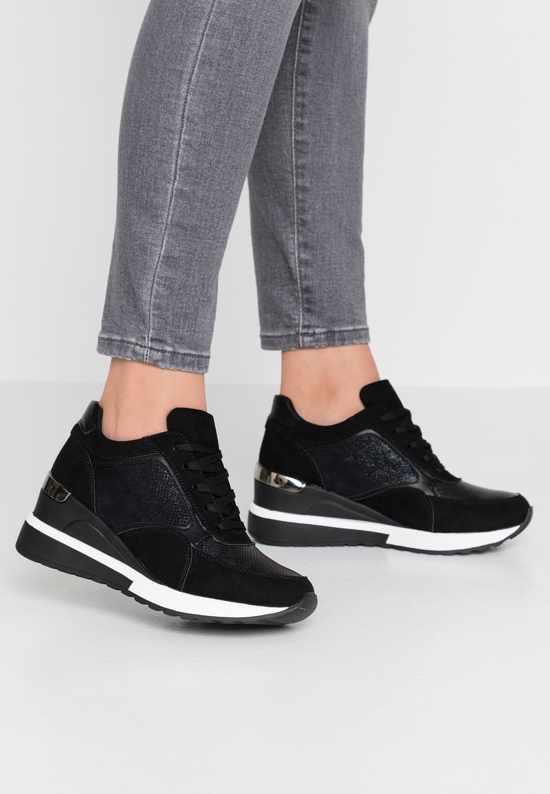 Tata Italia - Zapatillas - black