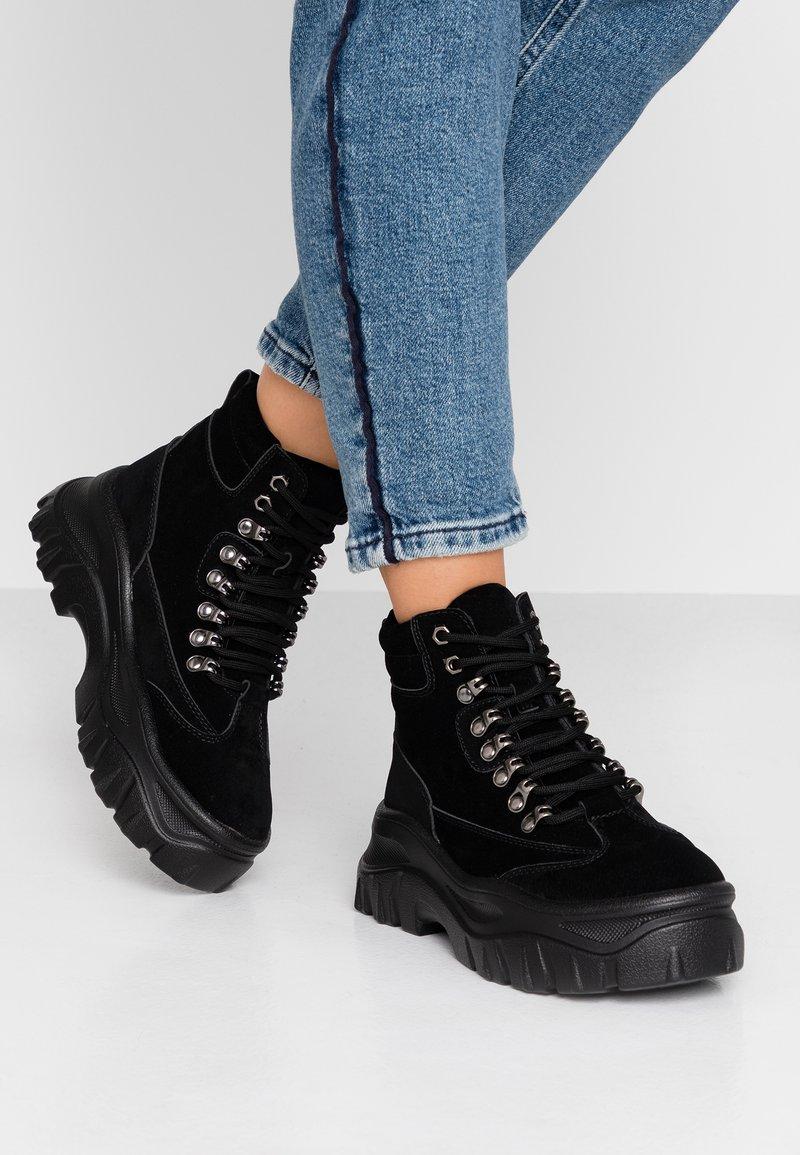 Tata Italia - Korte laarzen - black