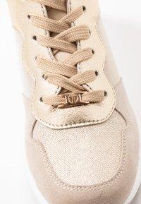 Tata Italia - Tenisky - beige/gold - 2