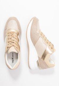 Tata Italia - Tenisky - beige/gold - 3