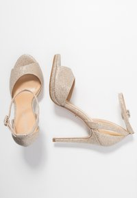 Tata Italia - Korolliset sandaalit - light gold - 3