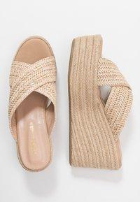 Tata Italia - Pantofle na podpatku - beige - 3
