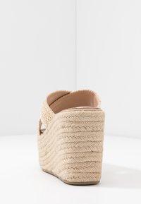 Tata Italia - Pantofle na podpatku - beige - 5