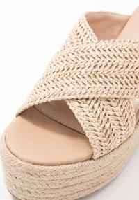 Tata Italia - Pantofle na podpatku - beige - 2