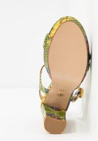 Tata Italia - Sandalen met hoge hak - yellow/green - 6
