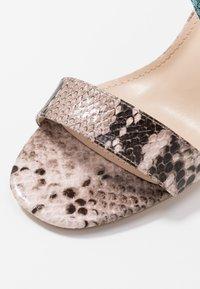 Tata Italia - Sandalen met hoge hak - pink/blue - 2