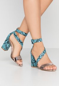 Tata Italia - Sandalen met hoge hak - pink/blue - 0