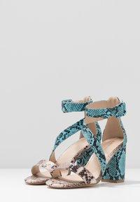 Tata Italia - Sandalen met hoge hak - pink/blue - 4