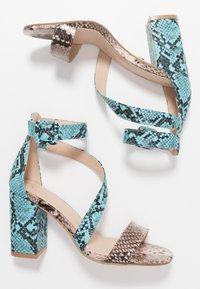 Tata Italia - Sandalen met hoge hak - pink/blue - 3