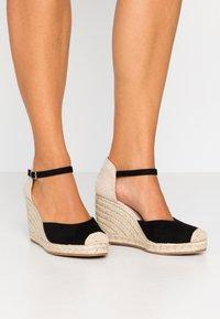 Tata Italia - Sandály na vysokém podpatku - black - 0