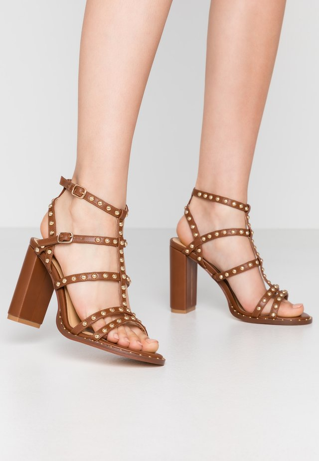 High Heel Sandalette - brown