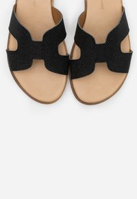 Tata Italia - Pantofle - black - 5