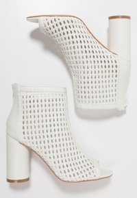 Tata Italia - Kotníková obuv na vysokém podpatku - white - 3
