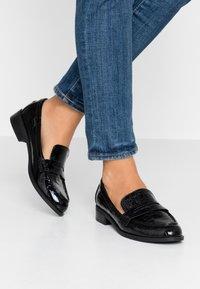 Tata Italia - Nazouvací boty - black - 0