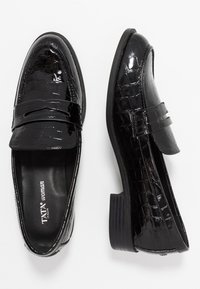 Tata Italia - Mocassins - black