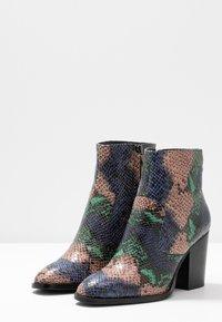 Tata Italia - Ankle boots - green - 4