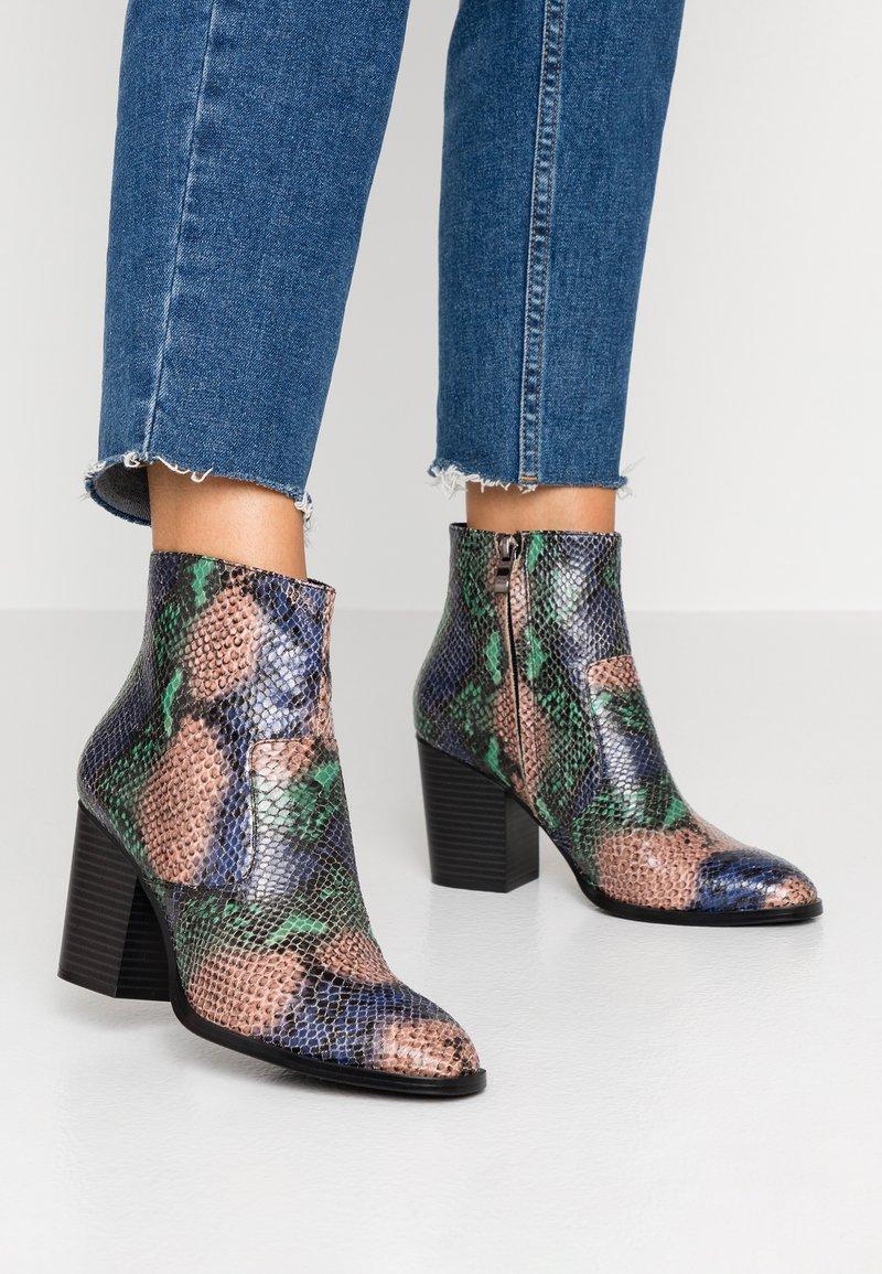 Tata Italia - Ankle boots - green