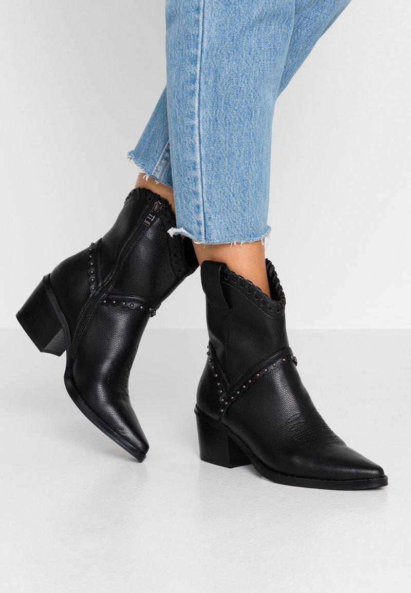 Tata Italia - Cowboystøvletter - black