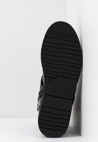 Tata Italia - Kotníkové boty - black - 6