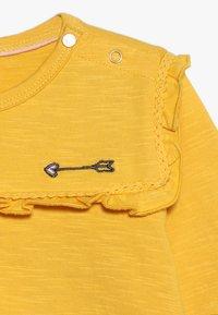 Tumble 'n dry - BABY - Long sleeved top - yolk yellow - 4