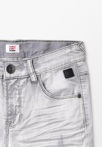Tumble 'n dry - FENZO - Denim shorts - denim grey - 5