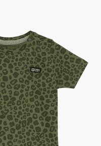 Tumble 'n dry - THIGO - Print T-shirt - vineyard green - 3