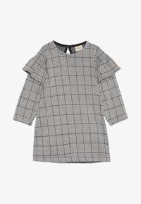 Turtledove - CHECK FRILL SLEEVE - Robe en jersey - grey/black - 2
