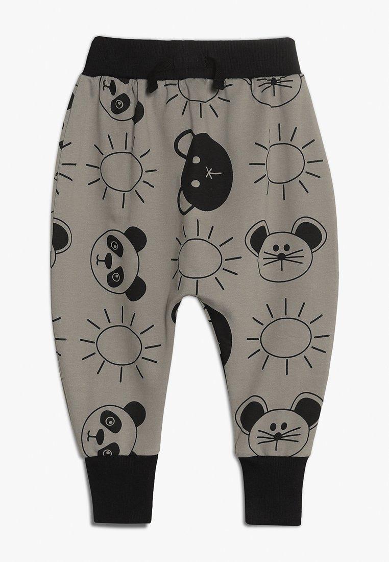 Turtledove - HAREM PANTS BEACH PALS  - Tracksuit bottoms - monochrome