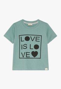 Turtledove - LOVE IS LOVE - Triko spotiskem - green - 0
