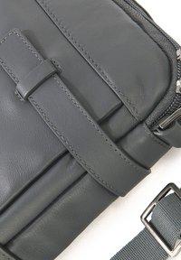 TUCANO - Briefcase - grey - 3