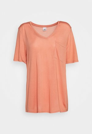 IRIS POCKET TEE - T-shirts - peach