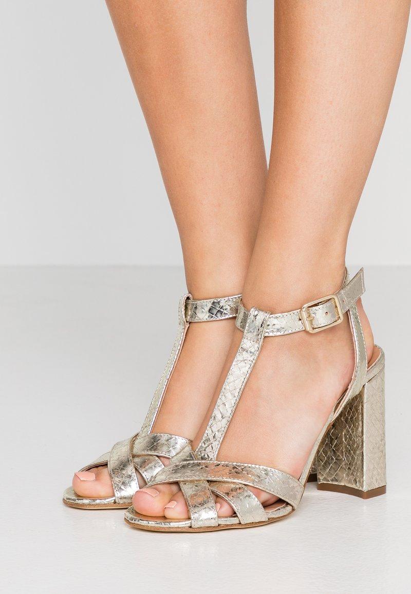 TWINSET - Højhælede sandaletter / Højhælede sandaler - oro