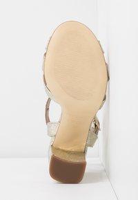TWINSET - Sandali con tacco - oro - 6