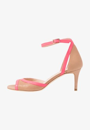 Sandaalit nilkkaremmillä - desert/fuxia fluo
