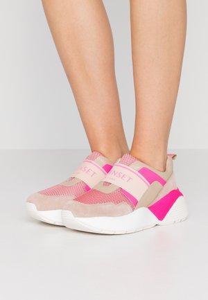Scarpe senza lacci - bocciolo/fuxia fluo