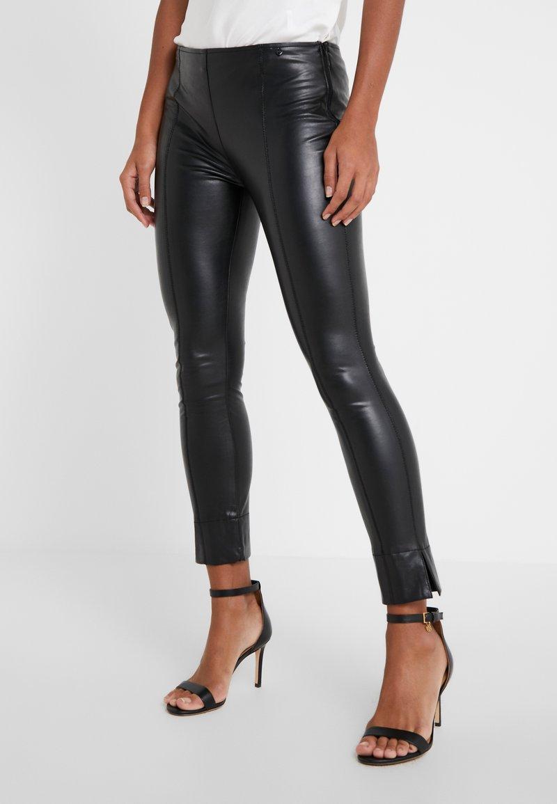TWINSET - Kalhoty - nero