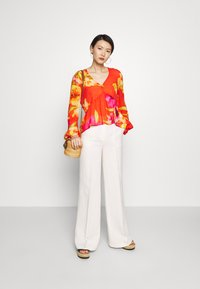 TWINSET - Trousers - antique white - 1
